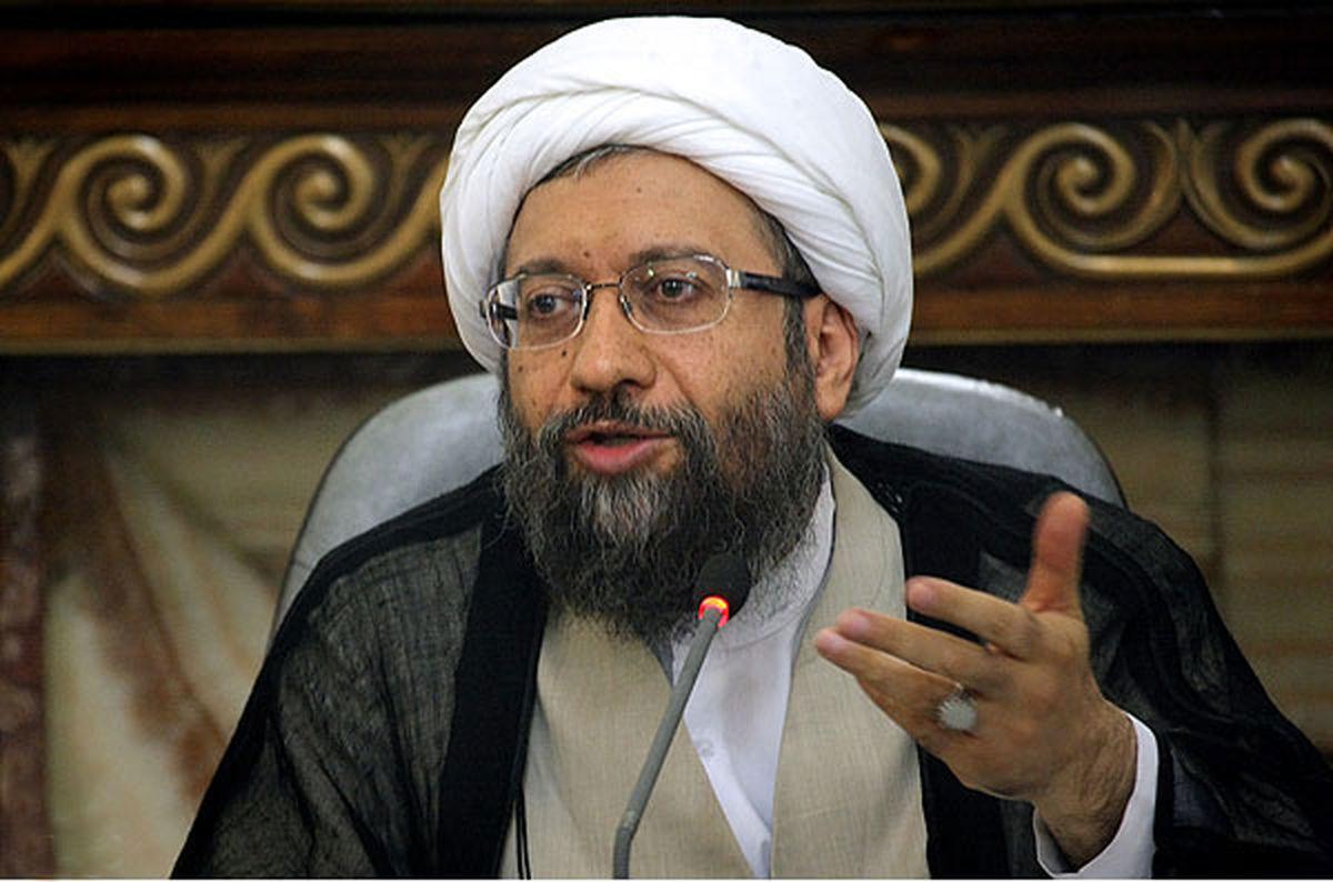 همه قوا به پیشبرد اهداف مجمع تشخیص مصلحت نظام کمک کنند
