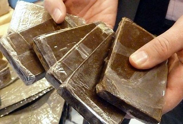 کشف 287 کیلوگرم حشیش و 10تن چوب قاچاق توسط پلیس سمنان