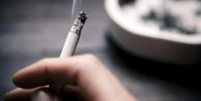 ابتلا به سرطان ریه در سیگاریها ، بیست برابر غیر سیگاریهاست/ افراد سیگاری، 8 تا 20 سال پیرتر از سن واقعی خود به نظر میرسند