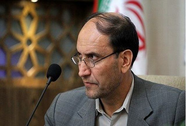 اصفهان همچنان روی ریل توسعه، پیشرفت و عمران حرکت میکند
