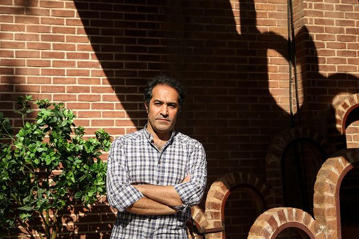 افشین هاشمی: در جستوجوی لذت هستم/ جنجال را بلد نیستم/ به سمت خط قرمزها نرفتم تا «صدای آهسته» در ایران اکران شود