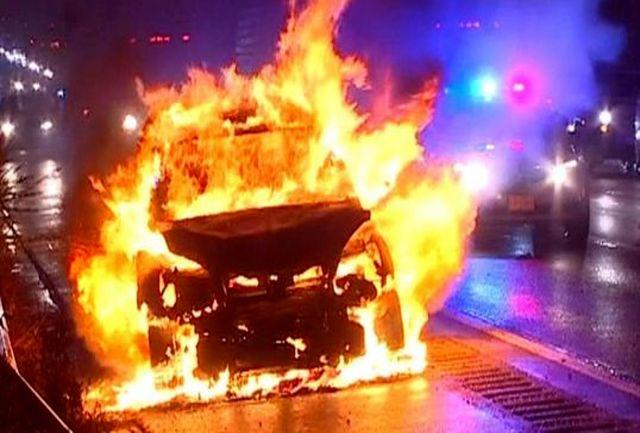هنگام دیدن شعلههای آتش در خودرو چه کنیم؟