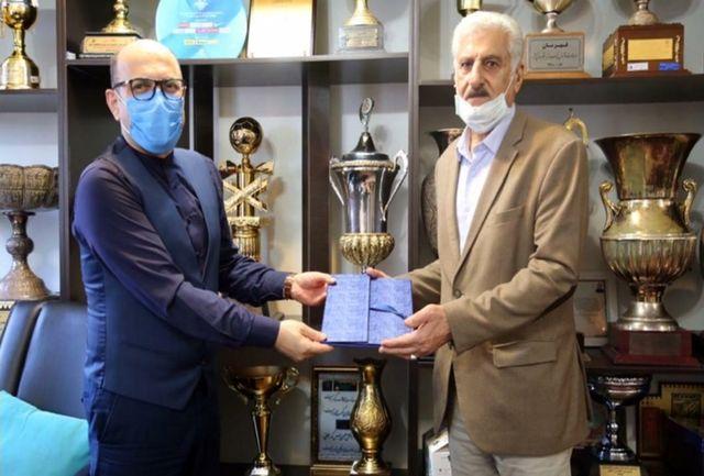 گلر آبیپوشان همیشه رقیب میخواهد/ افت حسینی به استقلال لطمه زد
