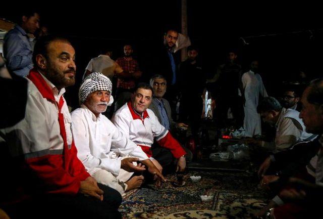 حضور رئیس جمعیت هلالاحمر در جمع اهالی مردم روستای سیلزده مگران ۳ شوش