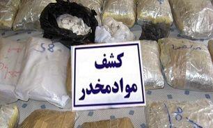 کشف بیش از ۴۰۰ کیلوگرم حشیش و شیشه از قاچاقچیان مواد مخدر