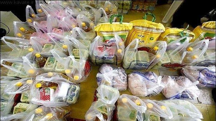 محموله موادغذایی از رابر به مناطق سیلزده جنوب کرمان ارسال شد