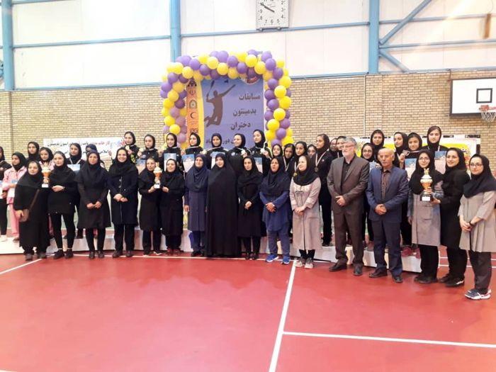 قهرمانان دومین دوره مسابقات بدمینتون دختران المپیاد استعدادهای برتر در قزوین مشخص شدند