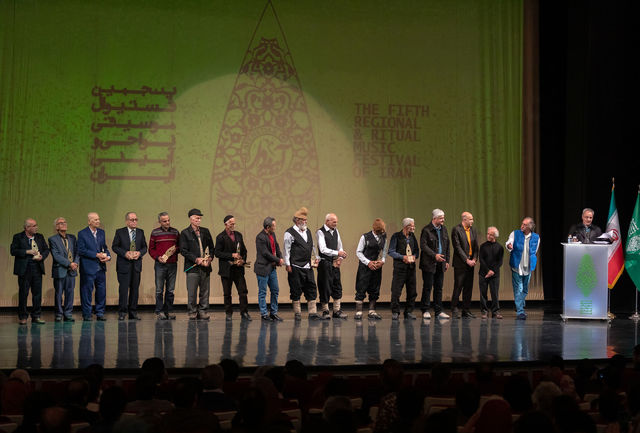 خیز آینهدار برای انتشار «هشت بهشت موسیقی آیینی ایران»