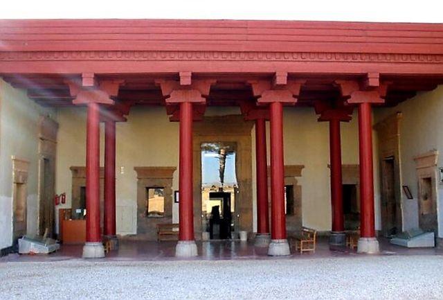 تعطیلی موزه مجموعه جهانی تخت جمشید