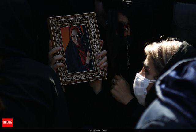 اخبار منتشر شده درباره نحوه فوت آزاده نامداری تکذیب شد