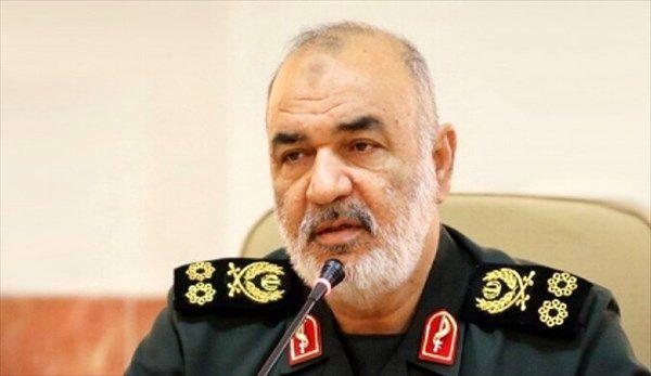 فرمانده کل سپاه درگذشت پدر شهیدان فهمیده را تسلیت گفت