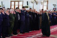 بشار اسد برای اقامه نماز عید فطر به طرطوس رفت/ ببینید