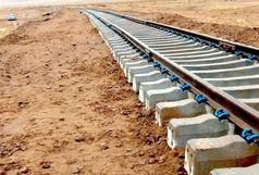 ترمیم بخشی از خطوط ریلی راه آهن قم