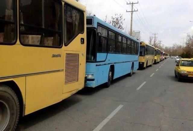 فرسودگی ۷۲ در صد از اتوبوسهای ناوگان درونشهری اراک  / همکاری نکردن شرکتهای خودروساز دلیل اصلی فرسودگی ناوگان تاکسیرانی است