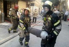 نخستین تصاویر از آتش سوزی در ضلع جنوبی بازار + فیلم