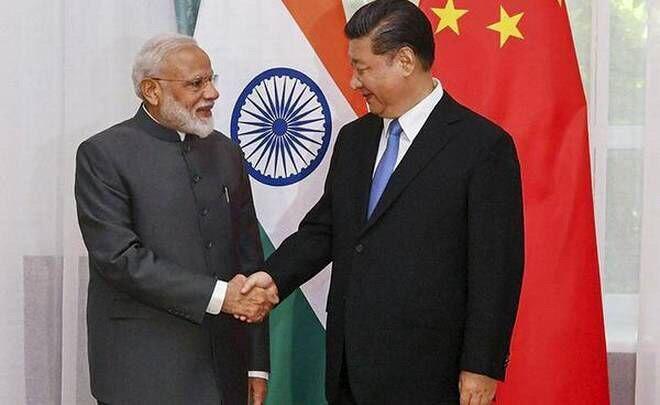 دیدار و گفتگوی نخست وزیر هند با رییس جمهور چین