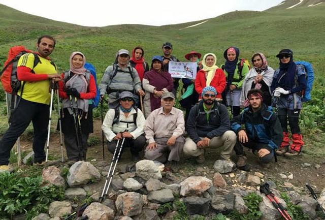 صعود گروه کوهنوردی شهریار به قله سوتک کوچک