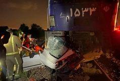 تصادف وحشتناک قطار با یک خودرو در شهر ری+ عکس