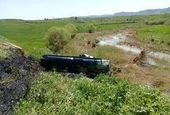 واژگونی کشنده ولوو در گیلانغرب راننده را به کام مرگ کشاند