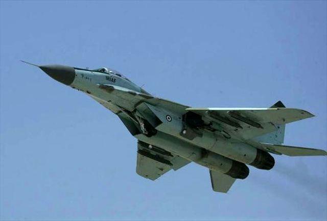 اجرای عملیات رزم هوایی توسط هواپیمای اف14 و میگ 29 در رزمایش نیروی هوایی