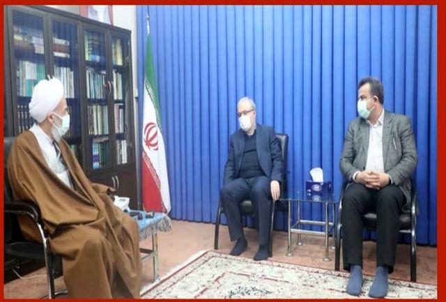 وزیر بهداشت با نماینده ولی فقیه در مازندران دیدار کرد