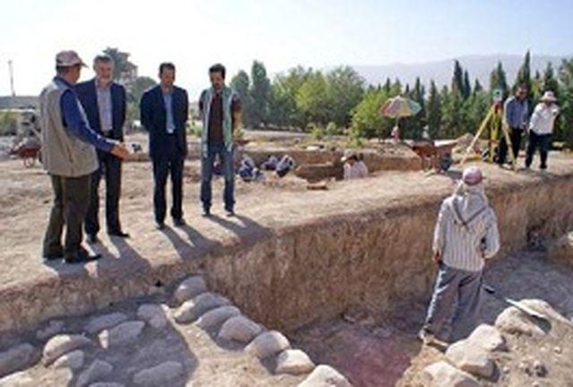 گور 3200 ساله در فرودگاه خرم آباد کشف شد