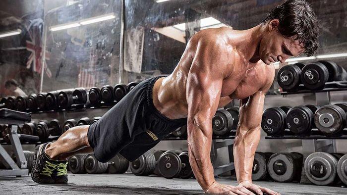 سختترین و چالشیترین تمرینات بدنسازی با وزن بدن