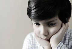 چگونه کودکان را با سرطان والدین مواجه کنیم ؟ / غم کودکان در حرکت است