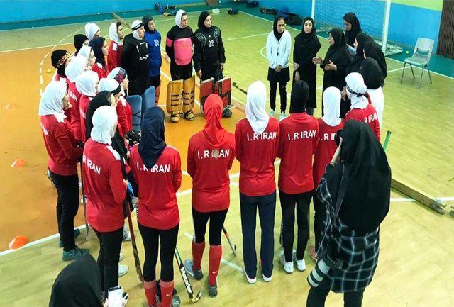 موسوی از اردوی تیم ملی هاکی بانوان ایران بازدید کرد