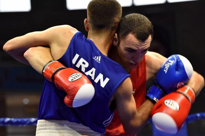 مشت زنان تیم ملی راهی جام احمدکومرت ترکیه شدند