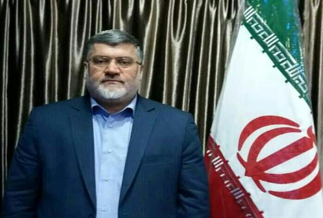 بازاریابی و رفع موانع صادرات محصولات استراتژیک اولویت من در استان است