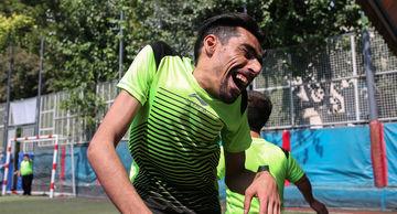دیدار تیم های فوتبال کوتاه قامتان ایرانی- شهاب سرخ