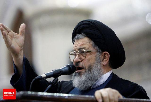 احمدی نژاد بیکار است/ از احمدی نژاد رد شویم تا عزرائیل سراغ او بیاید/  همه به هم بدبین شدهاند