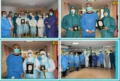 اهدای مدال طلا بازیکن والیبال نشسته به پرستاران بیمارستان امام خمینی(ره)