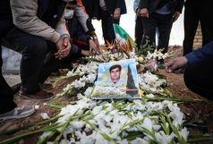 پیکر چهارمین شهید مدافع سلامت استان تشییع شد