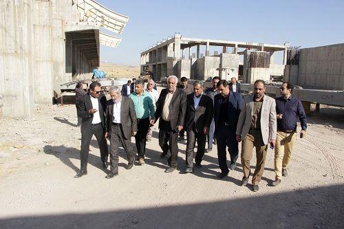 سقف پروژه سالن ۶ هزار نفری قزوین به زودی نصب میشود