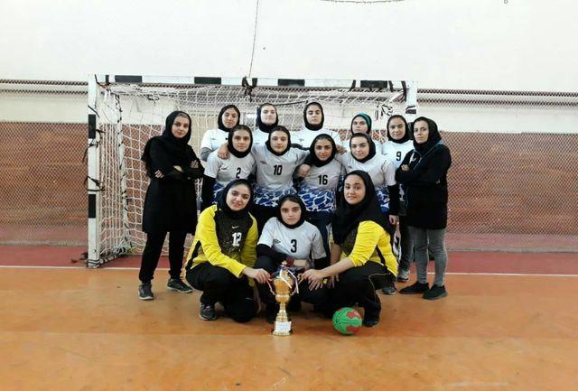 صعود بانوان آذربایجانغربی به مرحله نهایی مسابقات هندبال جوانان منطقه 3 کشور