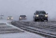بارش برف در جاده های قزوین