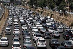 ترافیک سنگین در آزادراه کرج-تهران/ اعلام محورهای مسدود