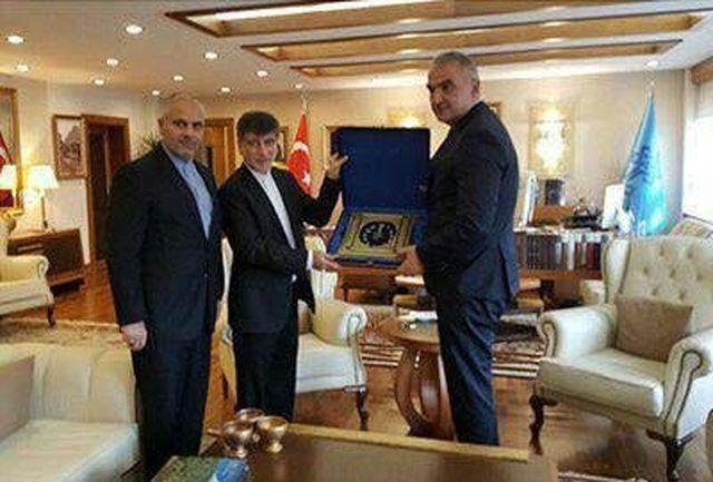 وزیر فرهنگ و توریسم ترکیه با کاردار سفارت ایران در آنکارا دیدار کرد