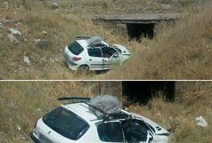 واژگونی یکدستگاه خودرو سواری پژو ۲۰۶