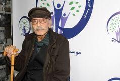 آمفی تئاتری به نام جمشید مشایخی نامگذاری شد