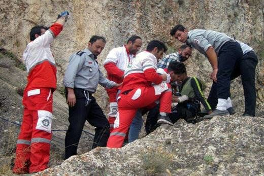 نجات جان ۱۳ کوهنورد مفقود شده در منطقه سبزکوه