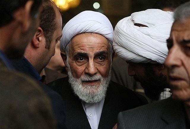 ناطق نوری: به احمدی نژاد گفتم یا خیلی باسوادی یا فضایی فکر میکنی
