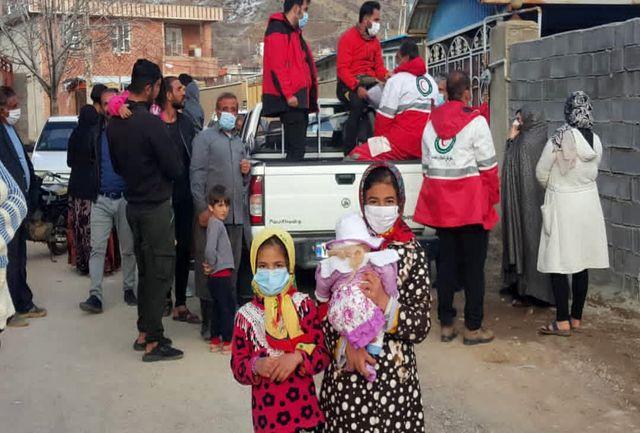 خدمات رسانی ۴۰ تیم جمعیت هلال احمر در منطقه زلزله زده شهر سی سخت