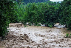 کنترل ۱۰۰میلیون مترمکعب سیلاب در استان قم
