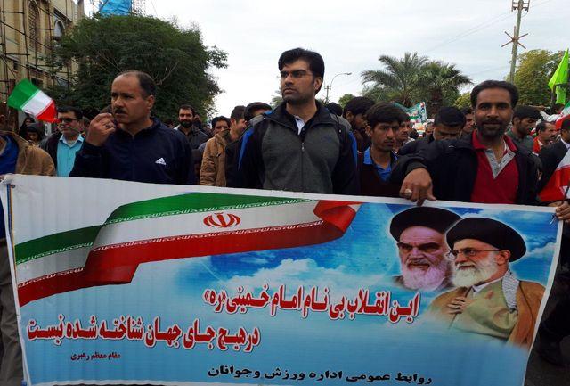 حضور مدیرکل ورزش و جوانان استان کرمان در راهپیمایی دشمن شکن ۲۲ بهمن در کهنوج