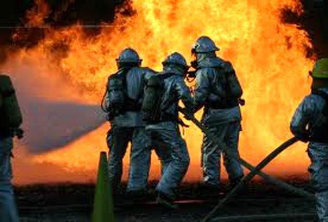 آتش در سوله تولید مصنوعات چوبی