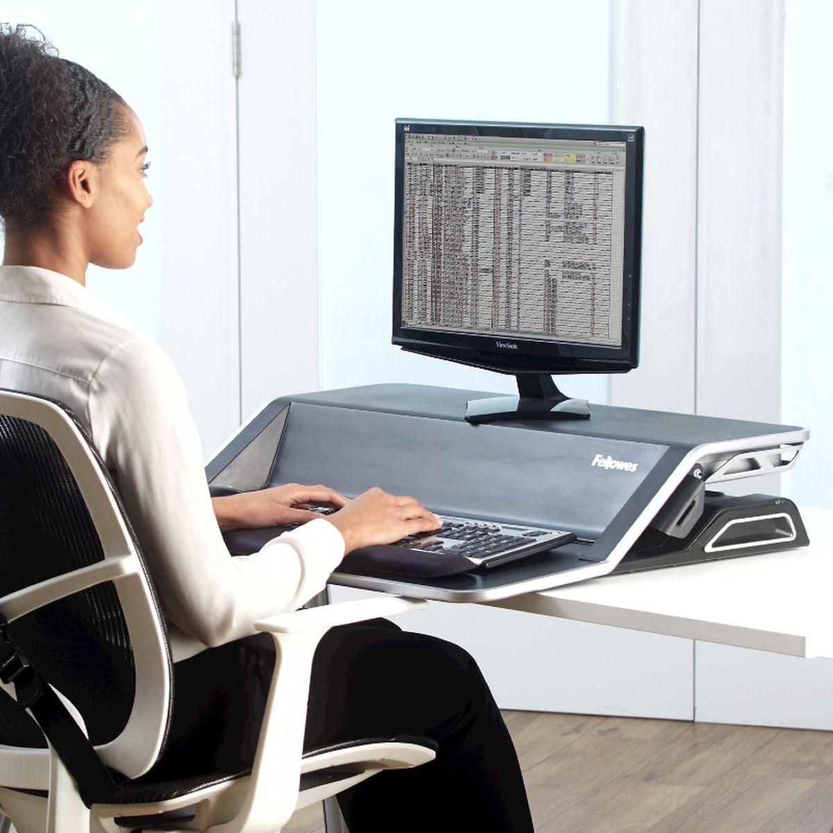 آیا واقعا نشستن طولانی مدت باعث کاهش عمر می شود؟