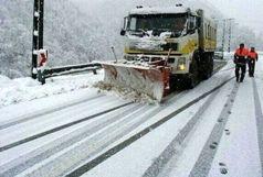 بسته شدن راه 120 روستای آذربایجان شرقی بر اثر بارش سنگین برف